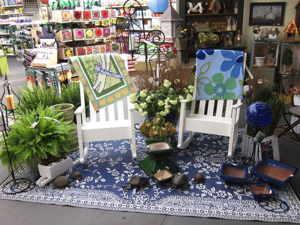 The country nursery garden accents and gifts for Garden decor accents
